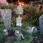 ホーンテッドマンションの裏庭