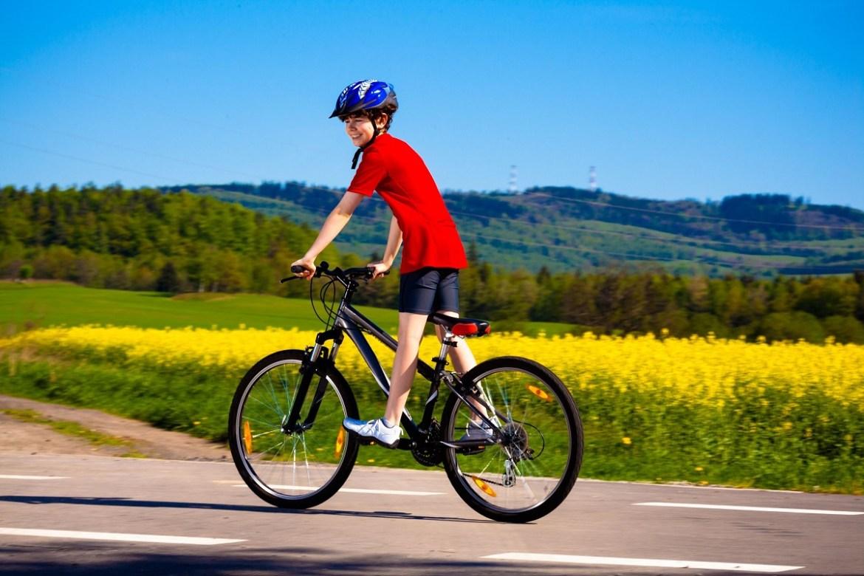 ragazzo-in-bici