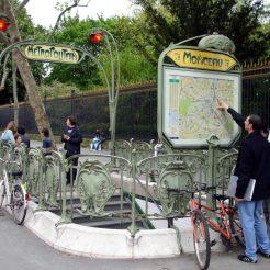 Ejemplo del modernismo francés. Estación de metro de Monceau. Fuente (2)