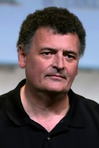 Steven_Moffat_by_Gage_Skidmore_2016_(cropped) (1)
