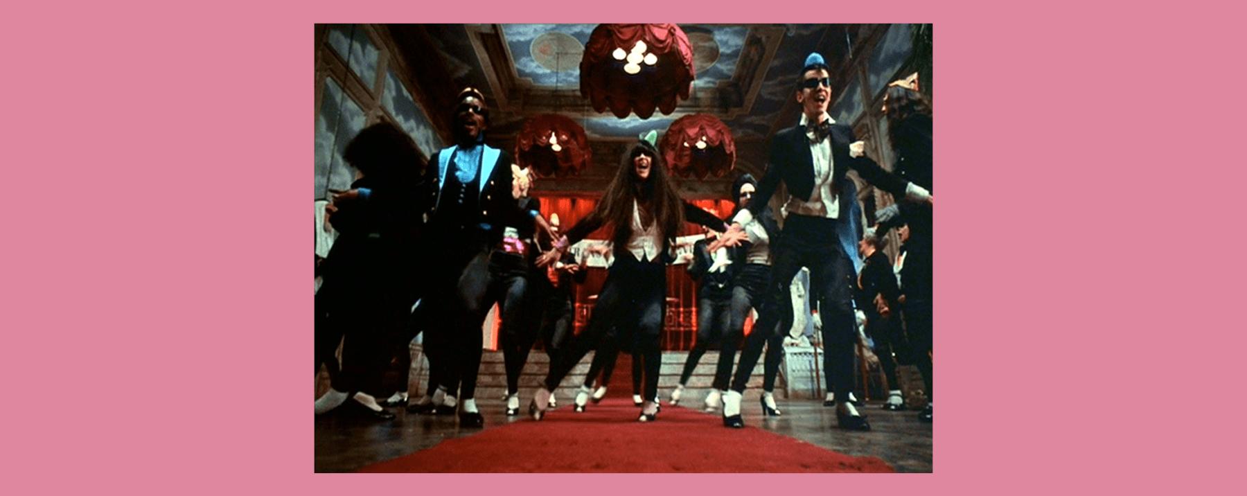 Fotograma de la canción Time Warp de la película The Rocky Horror Picture Show.