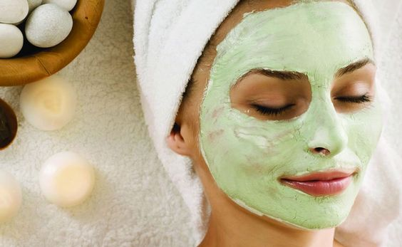 homemade-aloe-vera-face-mask-