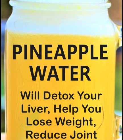 how-pineapple-water-will-detoxify-your-body-help-you-lose-weight-reduce-joint-swelling-and-pain