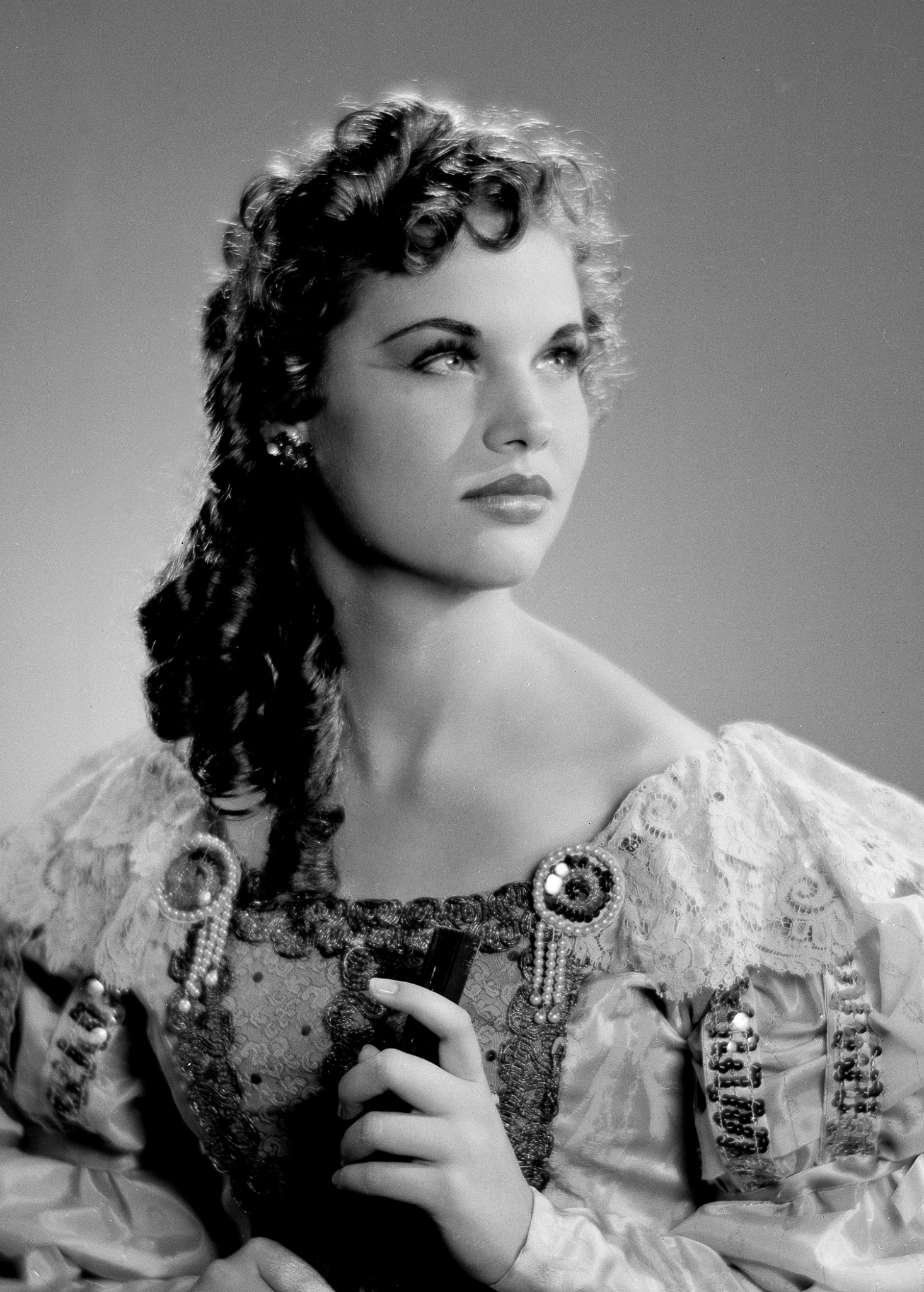 Beneth Jones As Roxanne In Cyrano De Bergerac Classic