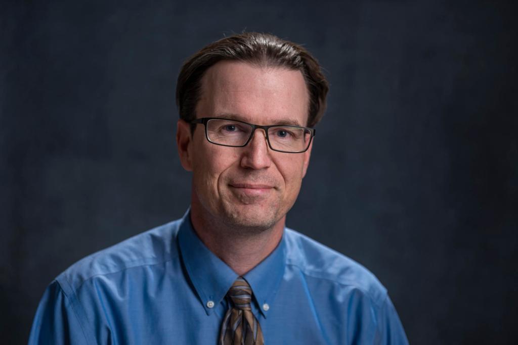 Eric Houk, the University's 2018-19 Outstanding Professor