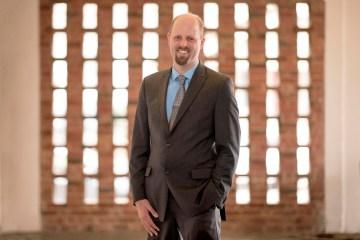 Portrait of Curt Haselton.