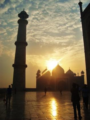 Taj Mahal (sunrise)