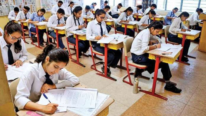 Delhi Government Cancels Classes 9 and 11 Annual Exams Amid Rising COVID-19 Cases