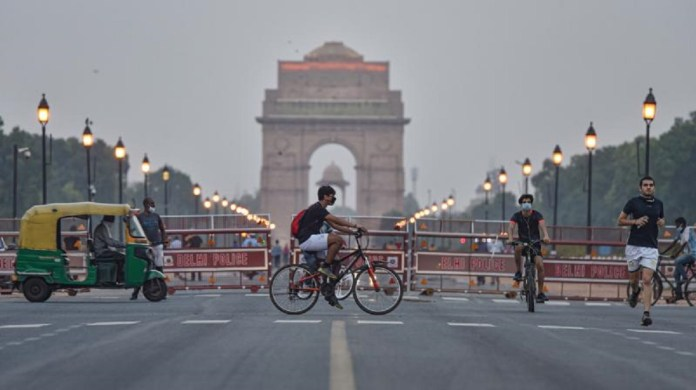 Delhi Unlock Phase Begins Today, CM Urges People to Follow COVID-19 Norms