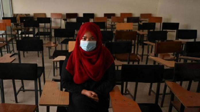 Taliban-Appointed Vice Chancellor Stops Women from Entering University Campus, Says Islam First