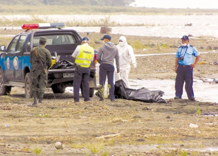 The total number of drowned migrants in lake Cocibolca, in the Sapoá area, is ten: eight found on Monday and two more on Wednesday between ten migrants have appeared  belonging to Cardenas. PRESS / FILE