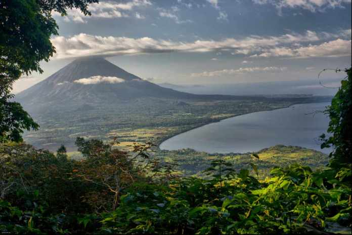 The Eyes of a Stranger: What Travel Bloggers Write About Nicaragua