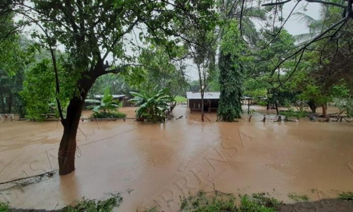 4 killed, 48,000 evacuated as Hurricane Iota Tears Across Nicaragua