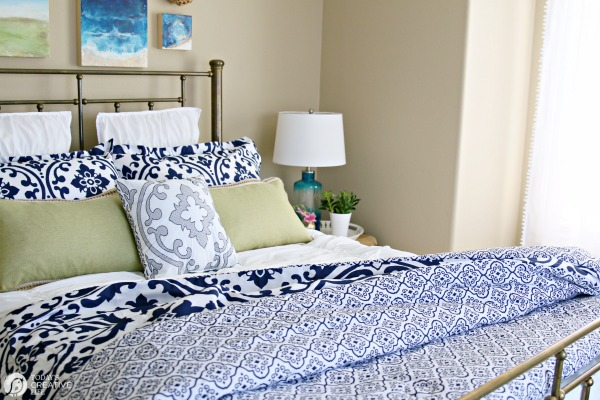 Guest Bedroom Ideas on a Budget Today39s Creative Life