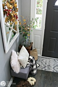 Small Entryway Decorating Ideas