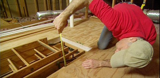 Measuring the height of the stairs in the attic