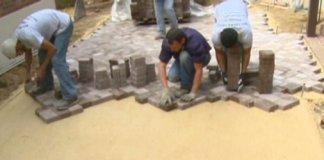 Laying pavers on sand