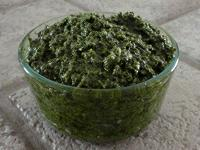 Pesto in bowl