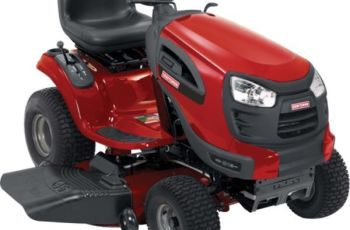 2012 Craftsman 46 in 21 hp YT 3000 Model 28852 Yard Tractor Review 6
