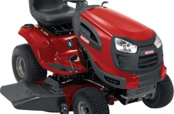 2012 Craftsman 46 in 24 hp YT 4000 Hydro Model 28857 Yard Tractor Review 13