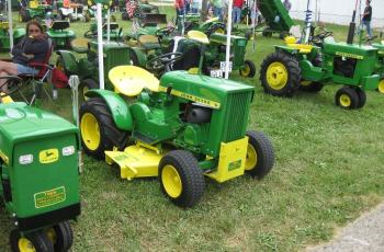 The Secret To Selling Your Used Lawn Tractor or Commercial Mower - What To Do and What To Charge 14