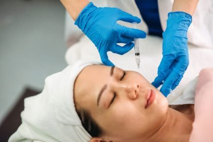 What Experts Want You to Know About Collagen Injections
