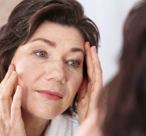 Menopausal Acne Symptoms and Treatments for Women Over 50