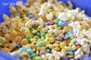 Cnady-coated popcorn party mix