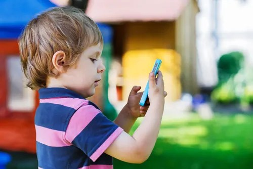 How to toddler-proof your iPhone
