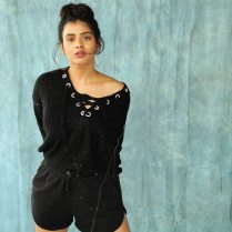 hebah_Patel_bikini_photos_Stills (2)