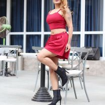 twinkle_kapoor_hot_tigh-photos (11)