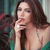 shama-sikander-sexy-photos (1)