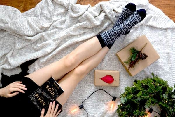 17 Very Merry Christmas Gifts That Will Melt Her Heart - Today We Date