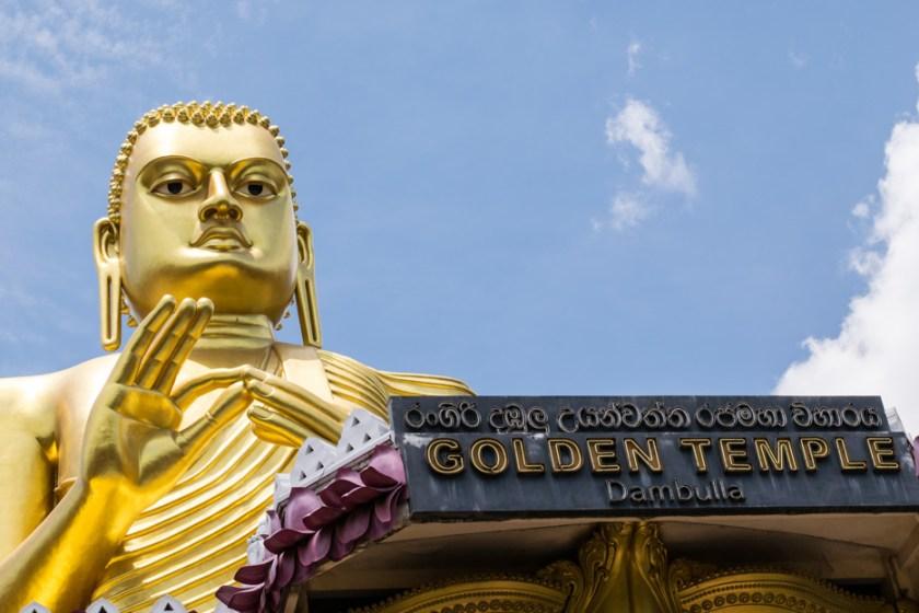 dambulla sri lanka goldener buddha