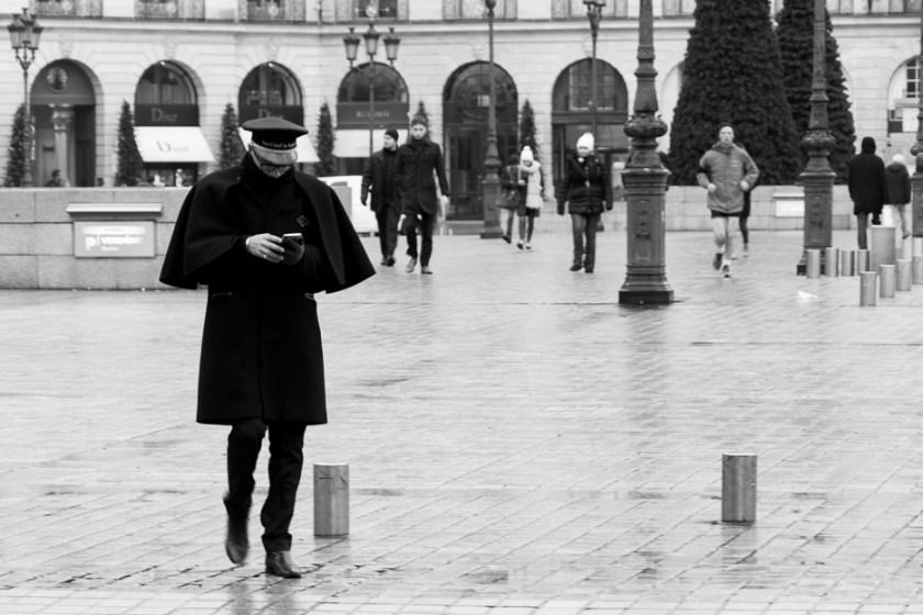 paris schwarz weiß black and white streetphoto