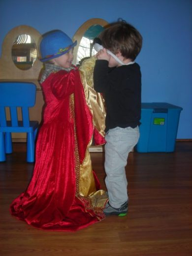 Children's Museum in Oak Lawn - dress up - Toddling Around Chicagoland