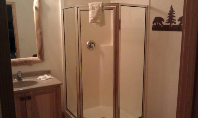 GJGBR - bathroom downstairs
