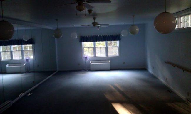Heartland Spa - yoga room - Toddling Around Chicagoland