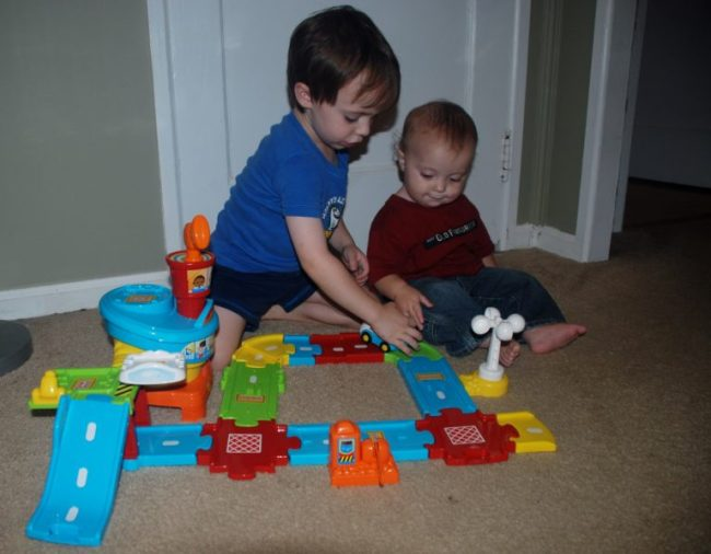 V-Tech Go! Go! Smart Wheels Airport Playset - Toddling Around Chicagoland