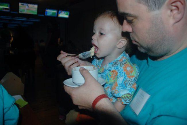 Pinstripes - Toddling Around Chicagoland  #pintasticfun