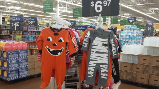 Parenting Made Affordable with Parent's Choice Diapers - Toddling Around Chicagoland - Halloween outfits #BabyDiapersSavings #CollectiveBias #shop