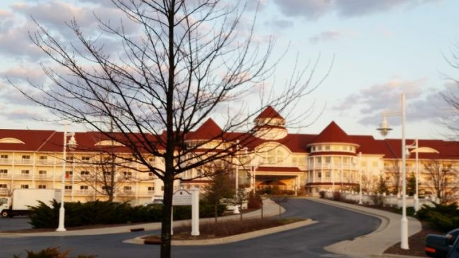 Blue Harbor Resort - entrance