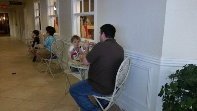 Blue Harbor Resort - dining - Shoreline Cafe