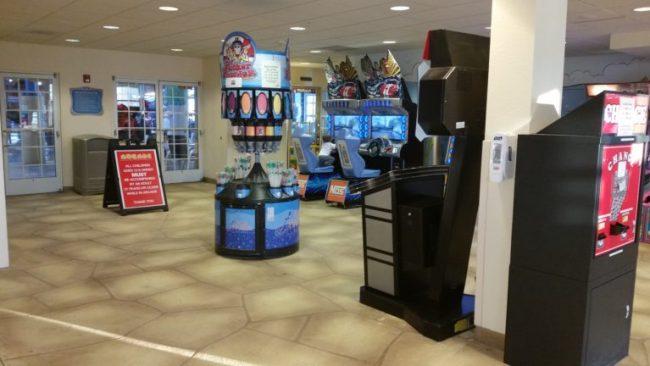 Blue Harbor Resort - arcade 1