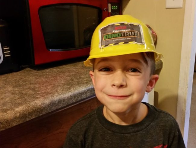 Netflix Helps Fight the Back-to-School Blues #StreamTeam #sponsored #Dinotrux