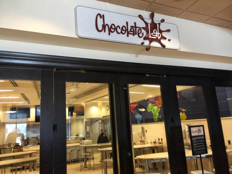 Chocolate Lab Hershey Story Girls Weekend in Hershey Toddling Traveler