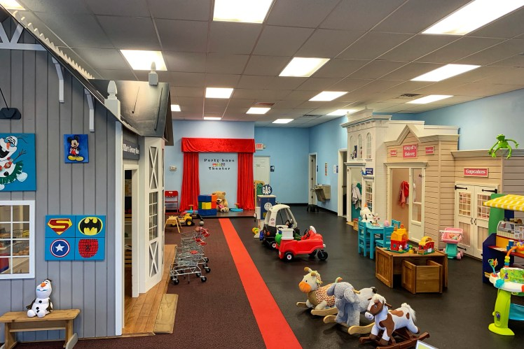 Indoor play place Pittsburgh party lane