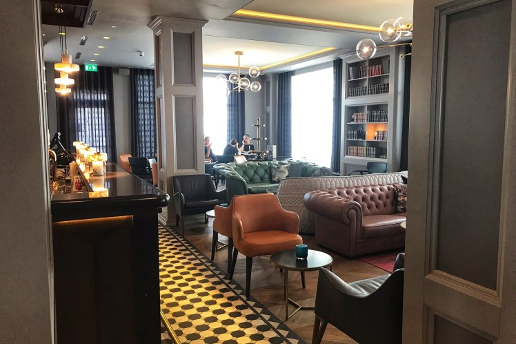 Reykjavik Konsult Curio Colleciton Hotel 3 days in Iceland