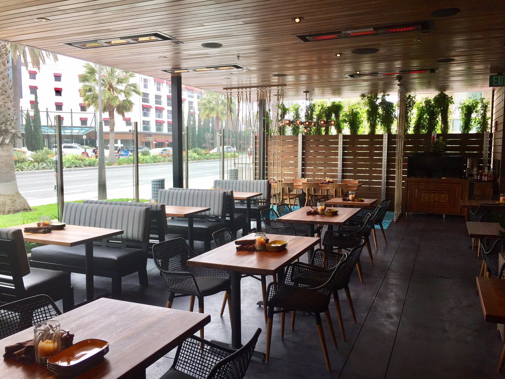 Jimmys Famous American Tavern Now Open In Santa Monica