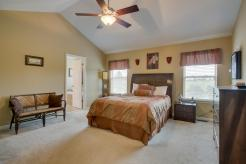 54125 Birchwood Dr South Lyon-large-014-Master Bedroom 54125-1500x1000-72dpi